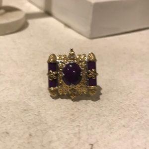 Ornate gemstone ring size 7